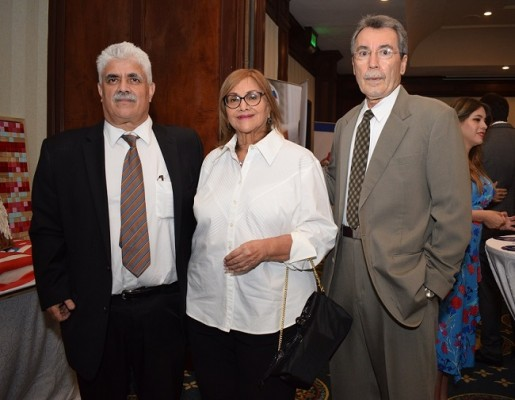 Mohand Merzkam, Farah Robles y Raúl Reina