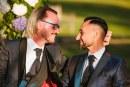 ¡De película! Sacerdote italiano declinó de la vida clerical para casarse con su novio