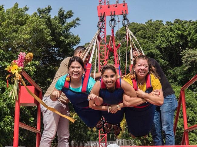 ¡Adrenalina pura! Inauguran el primer Sky Swing en Roatán y el único a nivel de Centroamérica