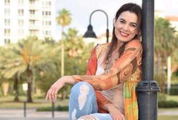 ¡Se mantiene como el vino! La actriz Ruddy Rodríguez causó furor con sensuales fotografías en traje de baño