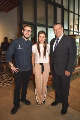 Carlos Cardona, Luisa Pozuelos y Luis Garner