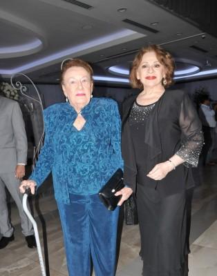 Doña Bertha Fiszman y Jackeline de Rivera