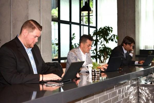 El Hyatt Place SPS cuenta con el ambiente perfecto para realizar negocios