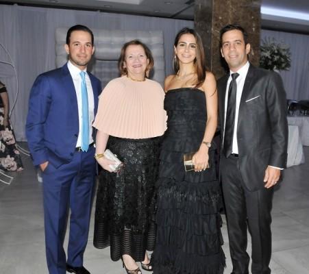 Emilio, Widad, Arwa y Eduardo Canahuati