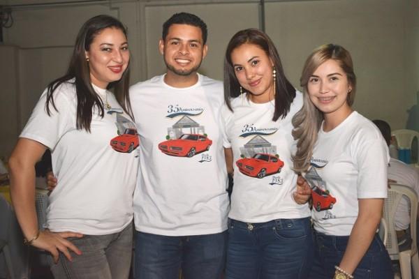 Evelin Vega, Williams Hernández, Katherine Osorto y Alejandra Castillo