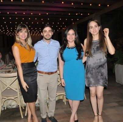Ivanna Argueta, Alberto Rodríguez, Gabriela Funez y Jeannie Cruz