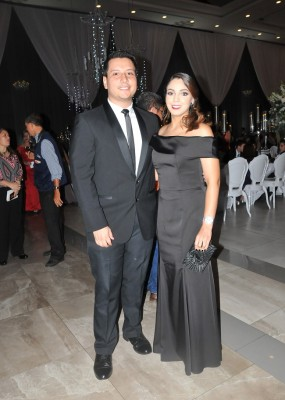 Julia Navarro y Wilfredo Funes