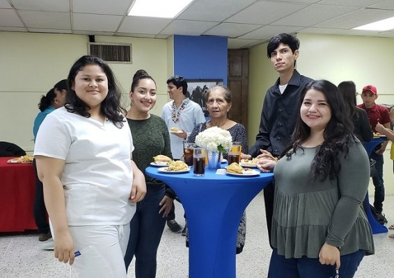 MeWe Honduras 6