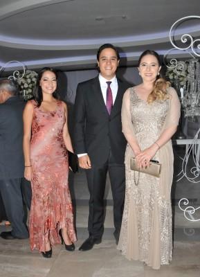 Mercedes Cossich, Diego y Amalia Alvarado