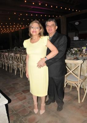 Omar y Gloria Silva