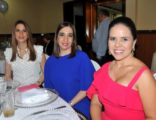 Paulette Canahuati, Lizbeth Andonie y Beatriz Montalván
