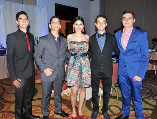 Sebastian Ramírez, Carlos Caballero, Emely Caballero, Mario Soto y Daniel Cuellar