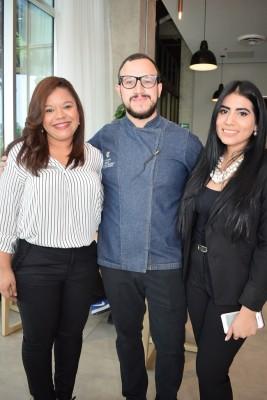 Susan Barrera, coordinadora comercial Hyatt Place, Carlos Cardona, Chef Ejecutivo y Laura Ganoza, gerente de alimentos y bebidas.