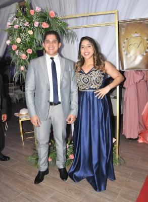 Douglas y Andrea Martínez