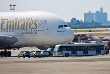 Avión con 500 personas a bordo procedente de Dubái es puesto en cuarentena en Nueva York