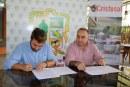 Alcaldia progreseña firma convenio con Fundación Cristosal para atender desplazados por violencia