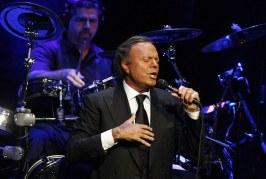 Julio Iglesias celebrará sus 75 años sobre el escenario