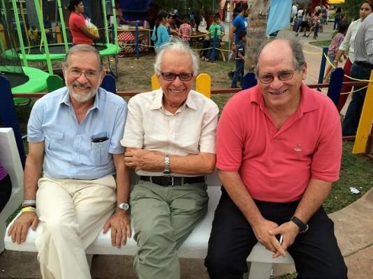¡El trío dinámico! Marcos Rietti, Julio Escoto y Antonio Vicinguerra