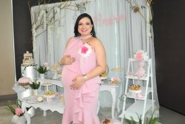 Andrea Naranjo de Paz y su baby shower otoñal…