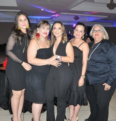 Andrea Escobar, Norma Escobar, Pamela Mejía Triminio, Melissa Perez y Geraldina Galeano