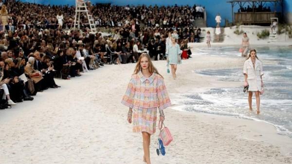 Chanel lleva la playa a París 4