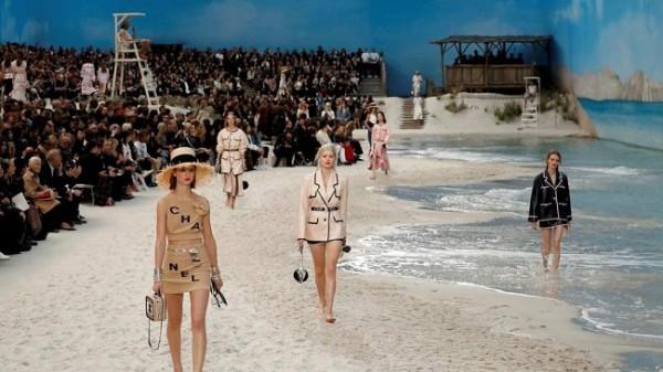 Chanel lleva la playa a París 6
