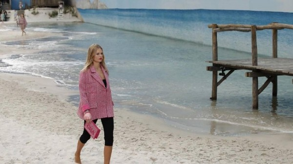 Chanel lleva la playa a París 9
