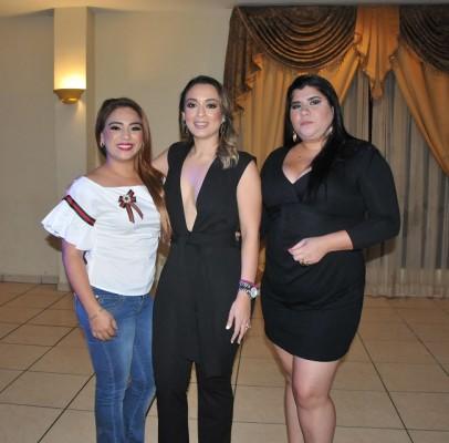 Dariela Orellana, Pamela Mejía Triminio y Elsa Rodriguez