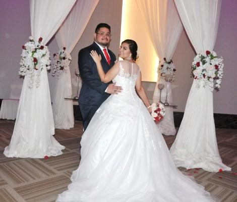 Franz Alvarado y Alejandra Ramírez...
