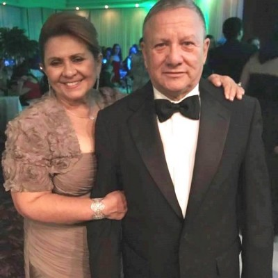 Gloria y Oscar Galeano