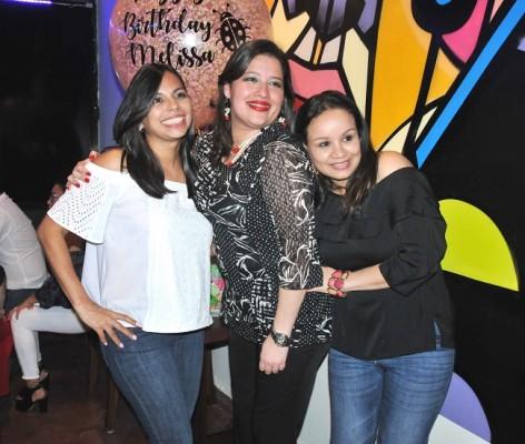 Jeannette Vega, Melissa de Michelem y Yohana Rosales, cele¿brando el cumpleaños de Melissa en La Marguerita Bistro.