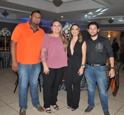 Johnny Bodden, Nickol Sorto, Pamela Mejía Triminio y Jesus Mendoza
