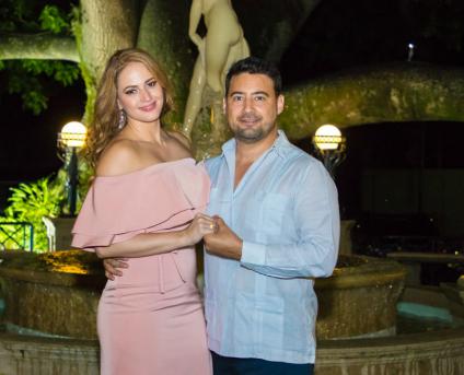 Linda Lozano y René Arturo Bendaña se comprometieron en matrimonio.
