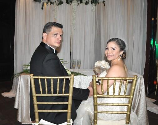 Lucas Cueva y Flor Cruz fueron tomados ¡de sorpresa! en esta fotografía para Chicha y Limón