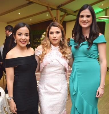 Marcia Kattán, Linda Echeverri y Luisa Theresin