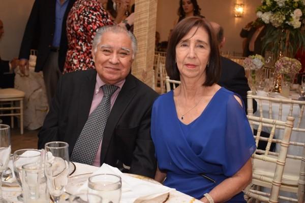 Marco Antonio Aragón y Olga Posadas