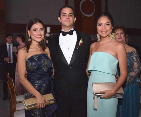 Mariana León, Rodrigo Kattán y Alicia Rodríguez