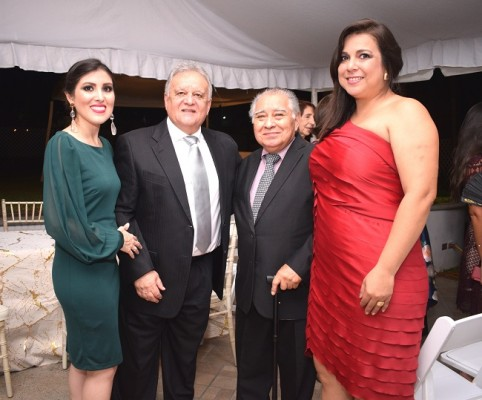 Mavis Larios Bueso, Carlos Mejía, Marco Antonio Aragón y Alejandra Barnica