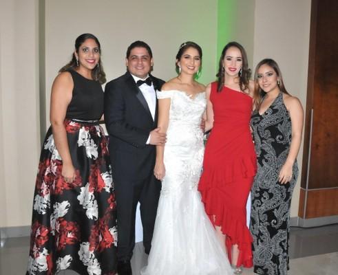 Pamela Cruz, Héctor Zúniga, Lilian Tabueña, Siryi Nuñez y María Fernanda Mole