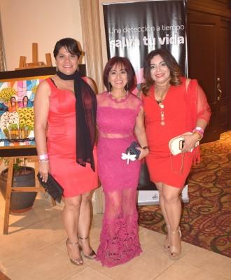 Yanina Romero, Miriam López y Blanca Rosa Baca