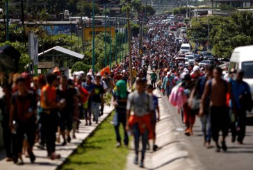 Más de 7 mil personas van en caravana de migrantes hacia EEUU dice la ONU