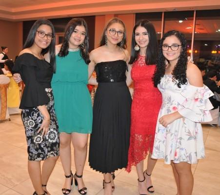 Andrea Altamirano, María Fernanda Sánchez, Ivana Barahona, Elieth Herrera y María José Fajardo