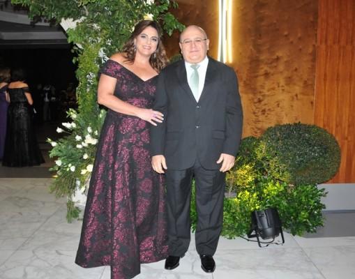 Carol y José Elías Zummar en la boda Chahín-Yuja.