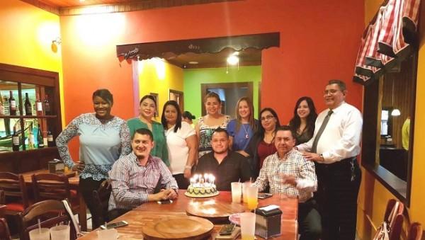 Celebrando el cumpleaños de David Argeñal