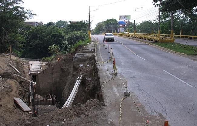 Por treinta días permanecerá cerrado tramo del bulevar que conduce al Hospital Mario C. Rivas