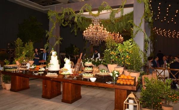 Completo derroche de glamour en la distribución de los espacios de la gran boda Chahín-Yuja con una fascinante puesta en escena de las diferentes estaciones de servicio para los selectos invitados...