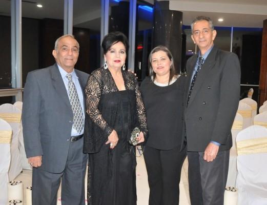 Fuad Abufele, María Eugenia de Abufele, María Walton y Alí Walton