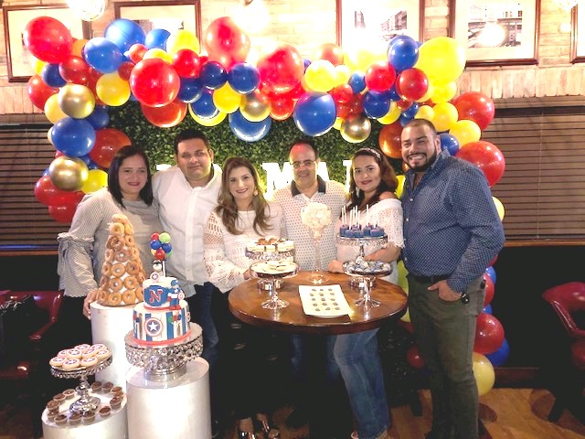 Al mejor estilo del Capitán América celebró su cumpleaños Norman Martínez
