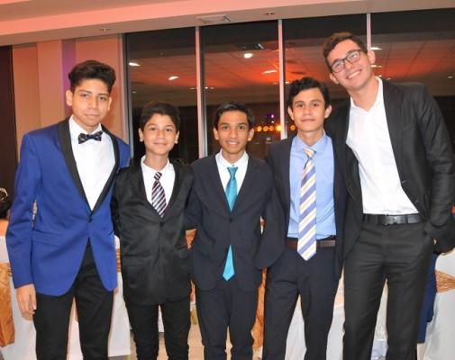 Gilberto Arzú, Sebastian Urbina, Jeovany García, Alex Urrea y Mariano Gómez