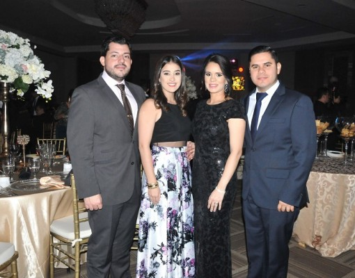 Gustavo Robelo, Andrea Interiano, Frank Ramírez y Cynthia de Ramírez